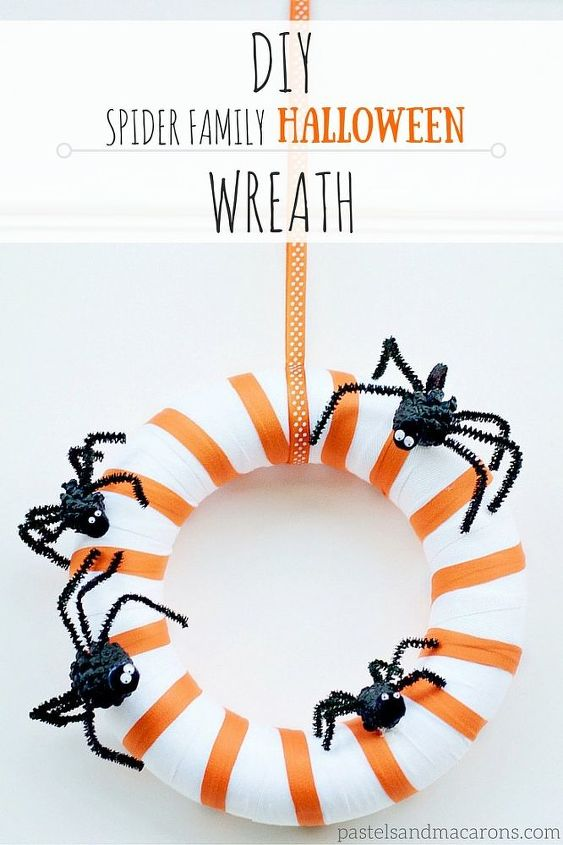 diy spider family halloween wreath, crafts, halloween decorations, seasonal holiday decor, wreaths