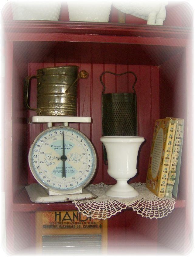 How To Display Vintage Collectibles In A Country Kitchen ... Ideas For Kitchen Collectibles on kitchen ideas books, decorating ideas for collectibles, storage for collectibles, kitchen ideas family, cabinets for collectibles,