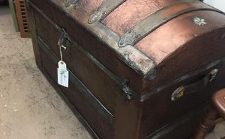 modern masters metallic trunk makeover, painted furniture, repurposing upcycling