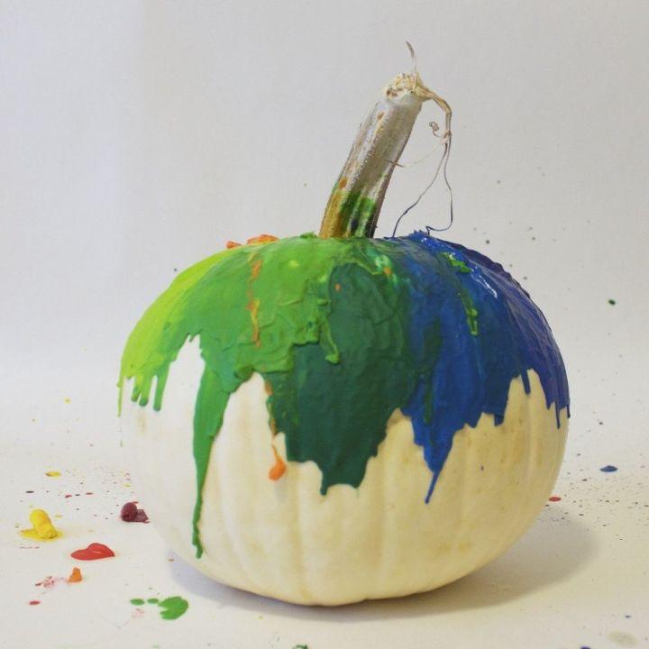 melted crayon pumpkin, crafts, halloween decorations, seasonal holiday decor