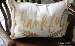 5 minute diy pillow from a placemat, crafts, home decor, living room ideas, repurposing upcycling