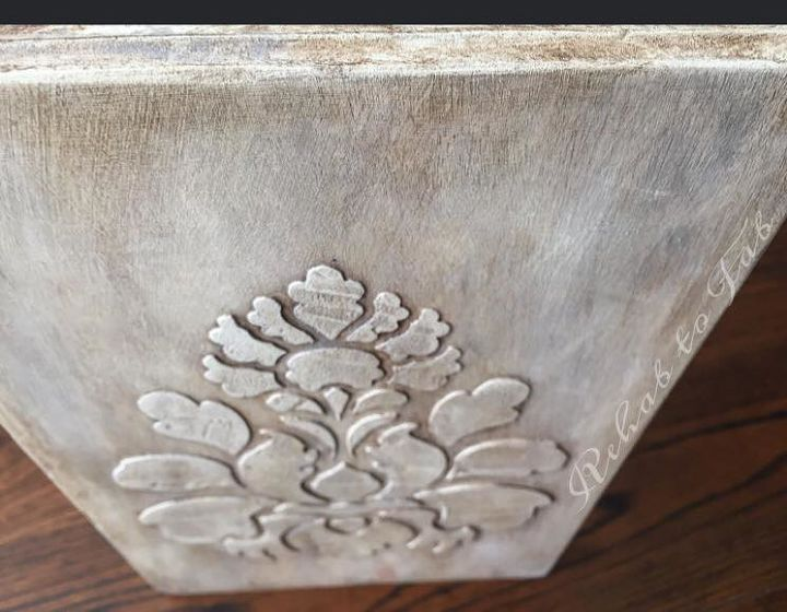 raised stencil with bondo, crafts, painted furniture