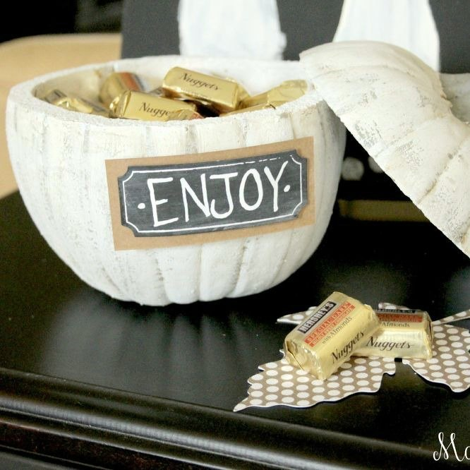 s 10 tasty ways to add some pumpkin spice to your home, crafts, halloween decorations, seasonal holiday decor, Surprise Candy Bowl