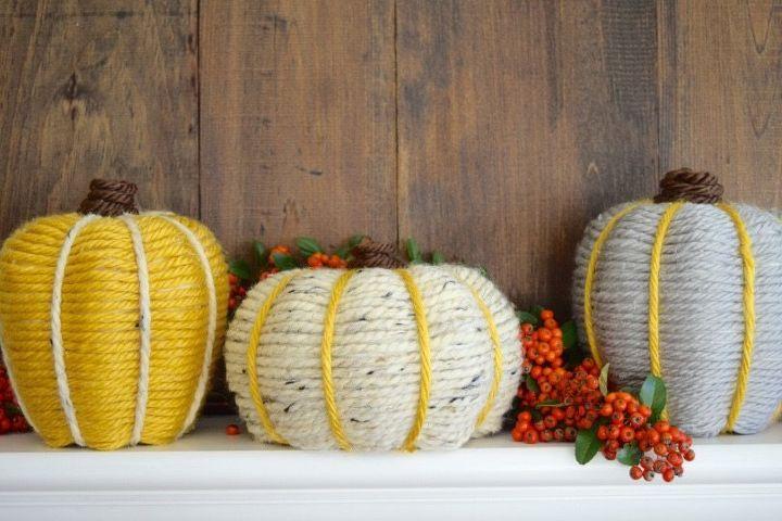 yarn wrapped pumpkins, crafts, seasonal holiday decor