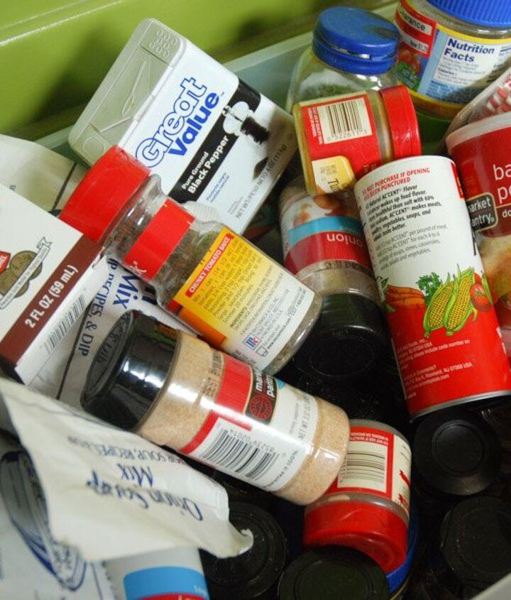 simple spice organization, kitchen design, organizing