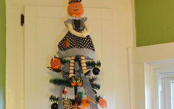 kitchen halloween tree, halloween decorations, seasonal holiday decor