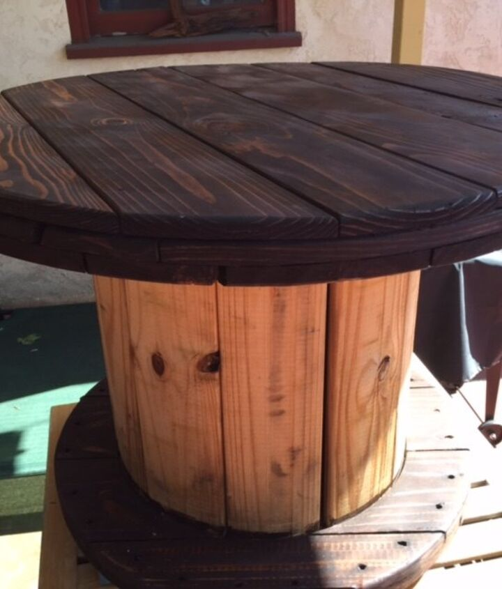 i had a vision for this old cable spool, painted furniture, repurposing upcycling