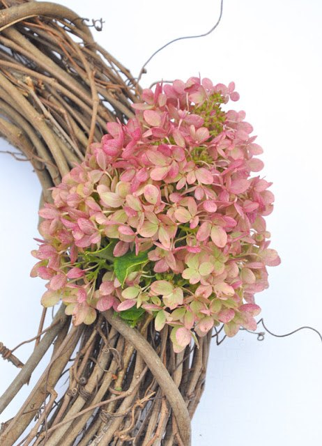how to dry and use hydrangeas, crafts, how to, hydrangea, wreaths