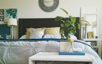 What to Hang Over the Bed