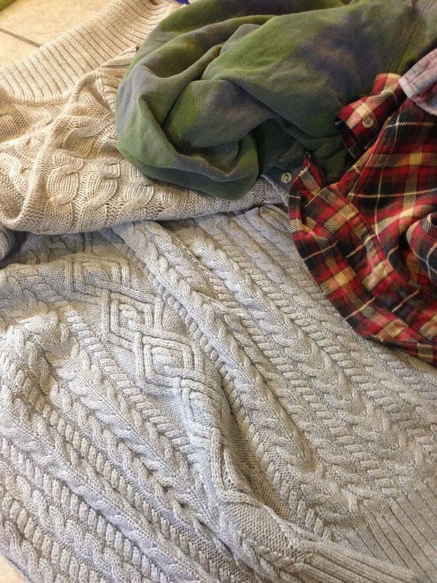cozy table runner with old flannel shirts and sweaters, crafts, home decor, repurposing upcycling, seasonal holiday decor, thanksgiving decorations