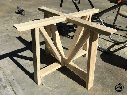 Diy Round Trestle Dining Table Painted Furniture Woodworking Projects