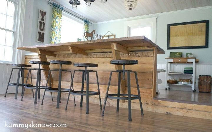 Not Your Average Barn Wood Table - It\'s a BARBLE! | Hometalk