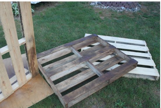 diy outdoor dining table from wood pallets  diy  outdoor furniture  painted  furniture. DIY Outdoor Dining Table From Wood Pallets   Hometalk