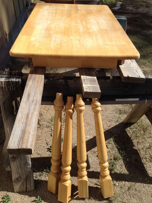 Cabin kitchen table chairs refinish hometalk cabin kitchen table chairs refinish painted furniture woodworking projects workwithnaturefo