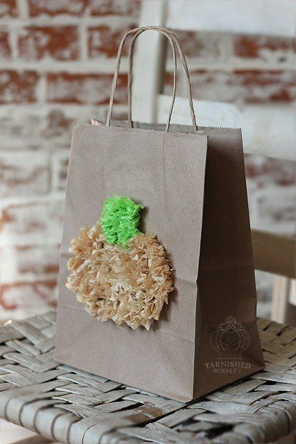 Creative way to present a gift using a bag and tissue hometalk creative way to present a gift using a bag and tissue christmas decorations crafts negle Gallery