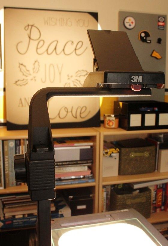 blogger inspired illuminated christmas wall art, christmas decorations, crafts, wall decor