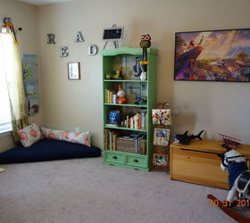 Play Room Reading Nook With Pallet Seat 30dayflip, Decoupage, Entertainment Rec  Rooms, ...