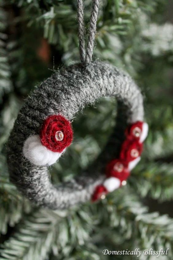 mini grey wreath christmas ornaments, christmas decorations, crafts, seasonal holiday decor, wreaths