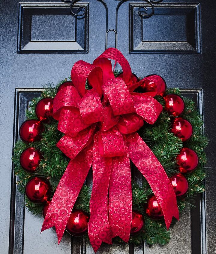 create a gorgeous christmas evergreen wreath with just the colour red, christmas decorations, crafts, wreaths