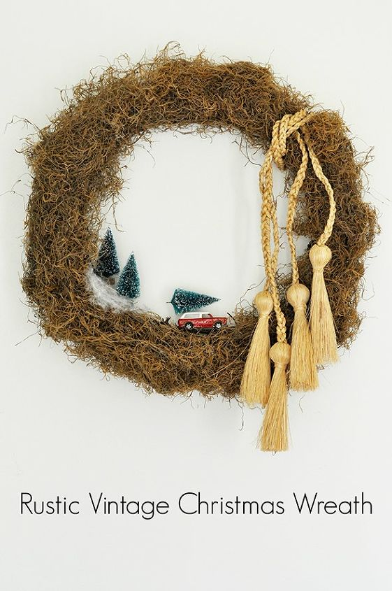rustic vintage christmas wreath, christmas decorations, crafts, wreaths