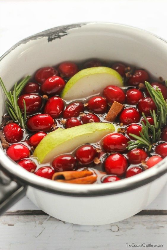 holiday stove top potpourri, cleaning tips, seasonal holiday decor