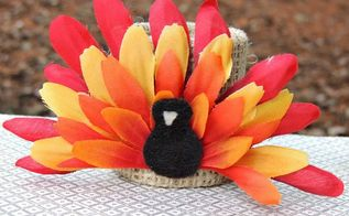 flower turkeys for thanksgiving, crafts, seasonal holiday decor, thanksgiving decorations