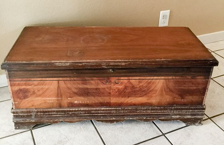 1940 s cedar chest makeover adventure with colors spitchallenge, painted furniture, woodworking projects, The before shot