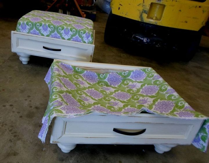 ever wanted to make one of those dresser drawer ottomans, bedroom ideas, diy, painted furniture, repurposing upcycling