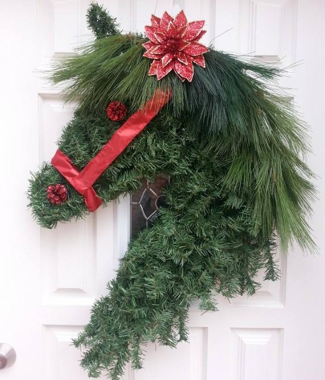 q how would you make this wreath please help awesome creative ladies, christmas decorations, crafts, how to, seasonal holiday decor, wreaths