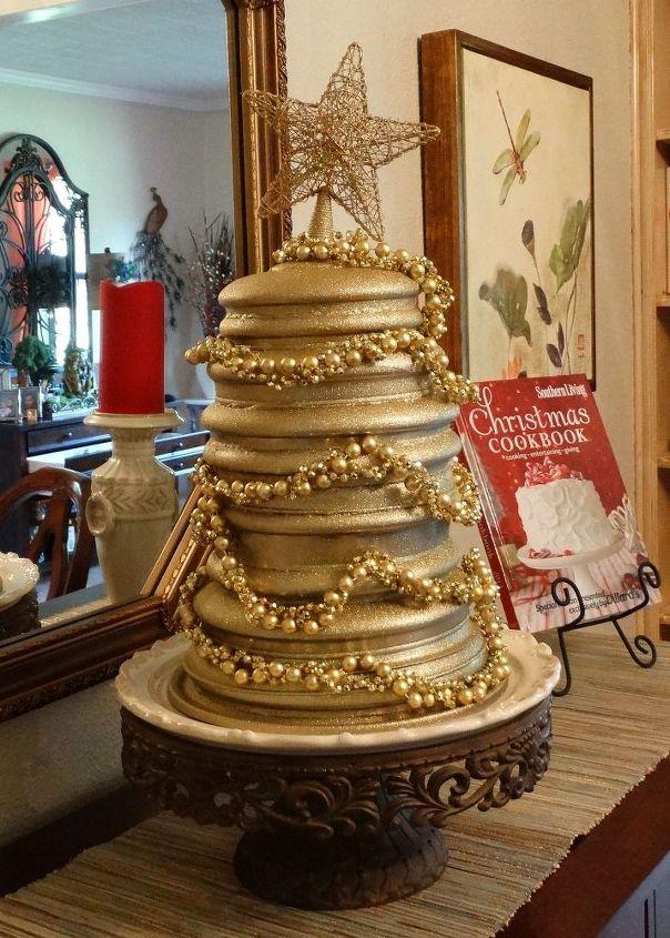 upcycled kitchen christmas tree, christmas decorations, crafts, repurposing upcycling, seasonal holiday decor