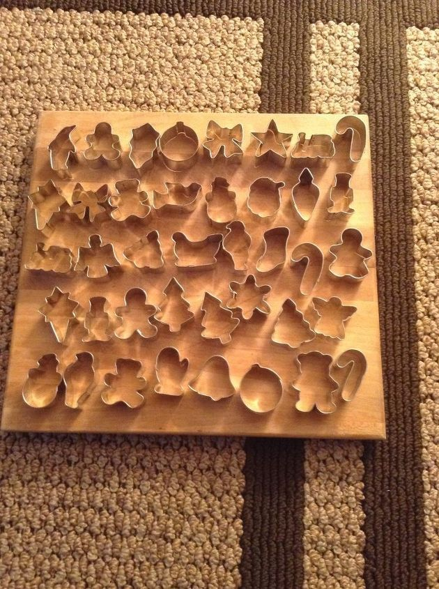 q christmas cookie cutter quandry, christmas decorations, crafts, repurpose household items, repurposing upcycling, seasonal holiday decor, They are all about 2 inches quite varied too Doves penguins train as well as the usual Luv to hear new ideas Thanks