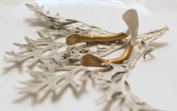 gold dipped wishbone place card holder, crafts, how to, seasonal holiday decor