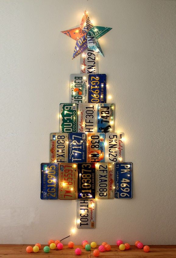 christmas tree from old license plates christmas decorations crafts repurposing upcycling - Old Christmas Tree