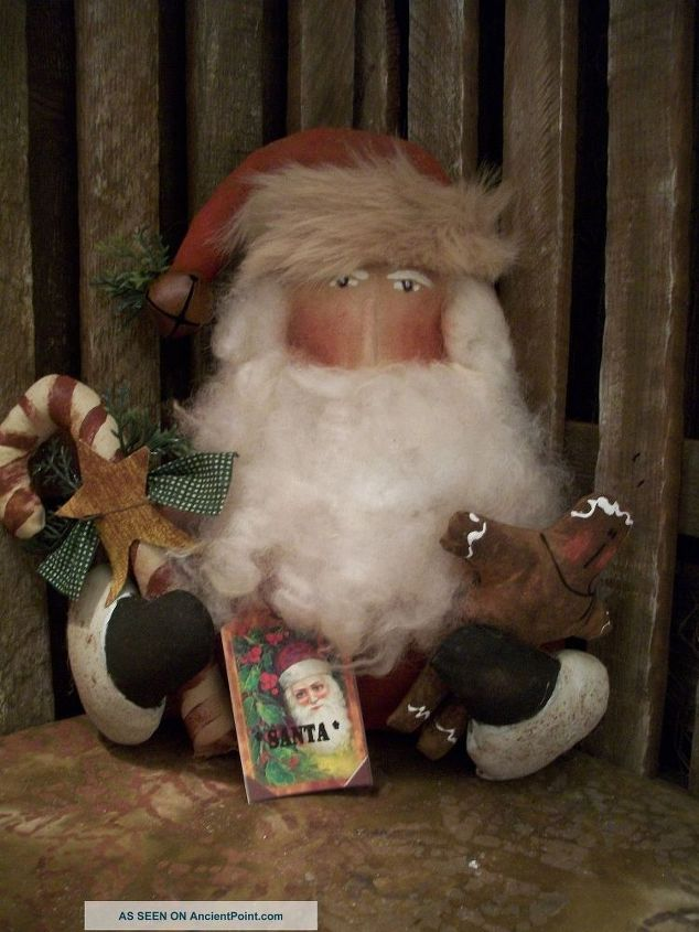 q does anyone know who made this santa patter, christmas decorations, crafts, home decor id, I WANT TO THE PATTERN FOR THIS SANTA