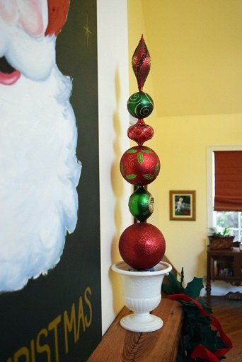 diy ornament topiaries christmas decorations fireplaces mantels seasonal holiday decor - Topiary Christmas Decorations