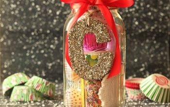 Mason Jar Christmas Gift Ideas for the Cupcake Lover