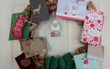 easy burlap wreath christmas card holder, christmas decorations, crafts, wreaths