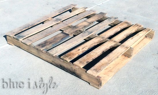 a license plate map high low project, diy, pallet, repurposing upcycling, woodworking projects