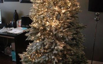 how to light your christmas tree the easy way, christmas decorations, seasonal holiday decor