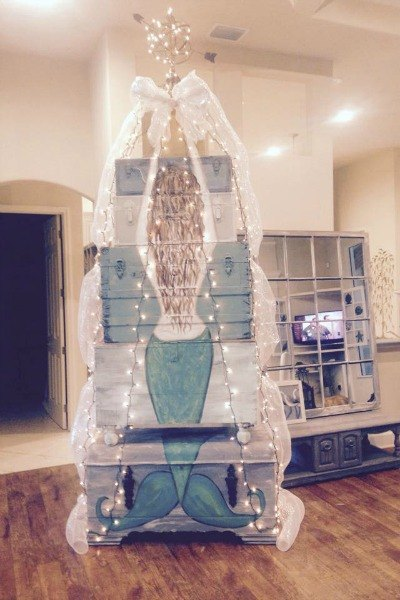 20 Fake Christmas Trees You Ll Wish You D Seen Sooner