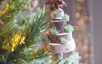 diy stacked wood and moss slice christmas ornament, christmas decorations, crafts, seasonal holiday decor