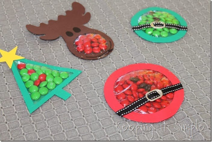 Easy christmas candy pouches christmas hometalk for Easy to make christmas decorations