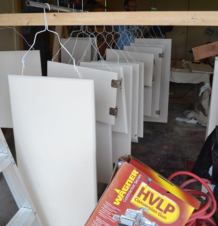 Easily Paint Cabinet Doors | Hometalk