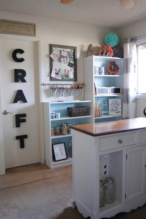junk room to craft room makeover, craft rooms