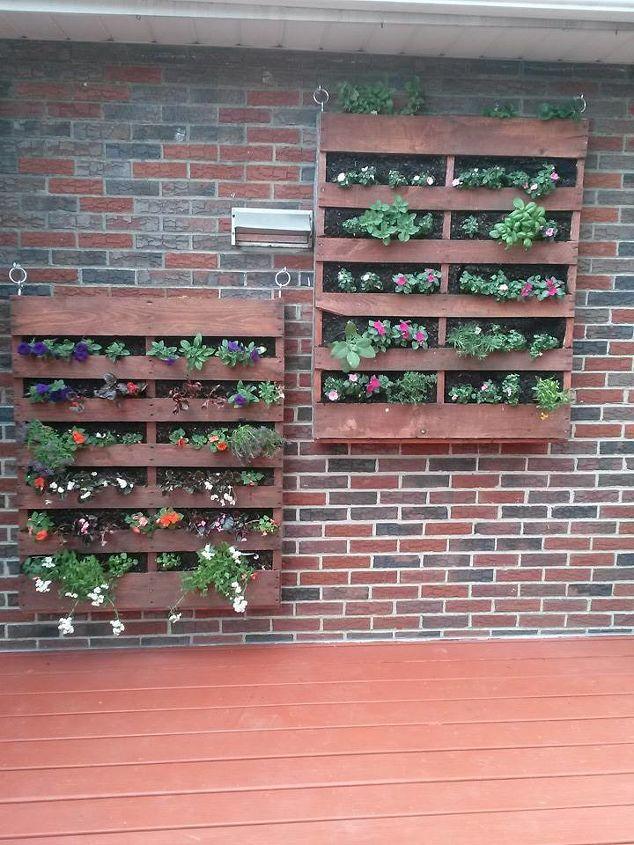 hanging garden, container gardening, gardening, pallet