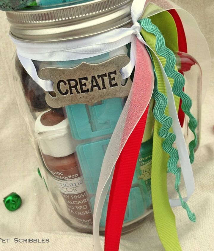mason jar gift for the paint lover, chalk paint, chalkboard paint, crafts, mason jars