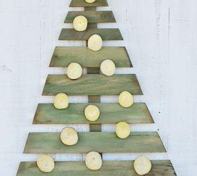 Diy Wood Christmas Tree, Christmas Decorations, Crafts, Pallet, Seasonal  Holiday Decor ...