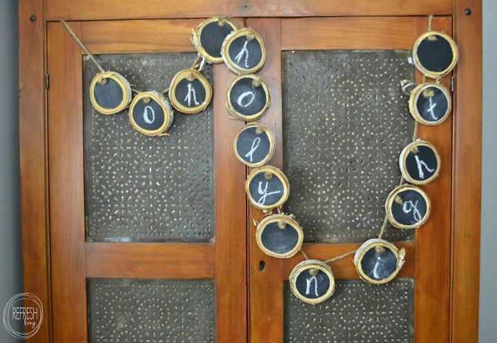 diy chalkboard banner from wood slices, chalkboard paint, christmas decorations, crafts, seasonal holiday decor