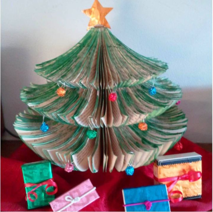 tiny space upcycled book christmas tree diy christmas decorations crafts repurposing upcycling