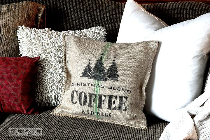 How To Make Your Own 40 Minute Grain Sack Pillows Christmas Style Cool Decorate Your Own Pillow